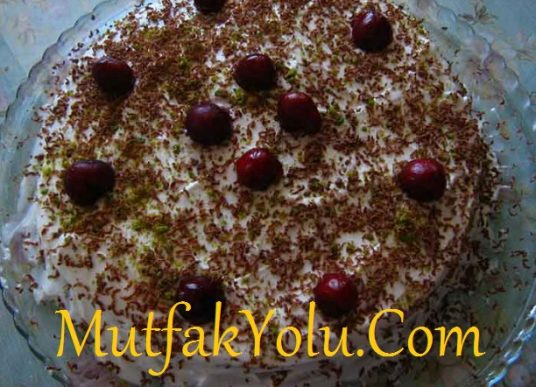 Kirazlı Yaş Pasta Tarifi – Mutfak Yolu - Yemek Tarifleri ...