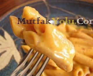 tatli-patatesli-peynirli-makarna.jpg