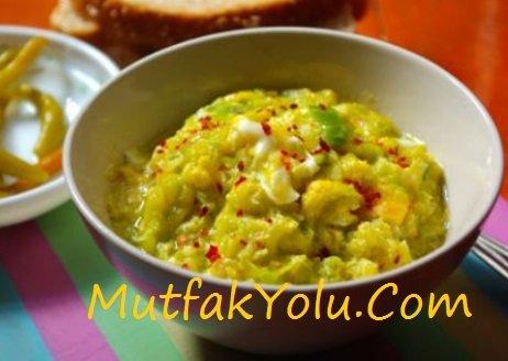 yumurtali-kabak-yemegi-tarifi.jpg
